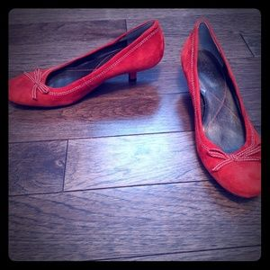 Kitten heel red pumps size 6.5